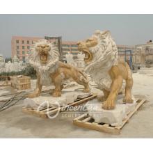 Décoration extérieure de jardin en pierre sculptée en plein air style européen rugissant lion sculpture en marbre