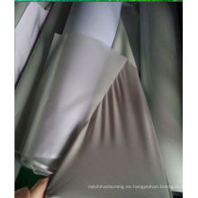 tela de algodón reflectante resistente al agua gris plata para la fabricación de ropa