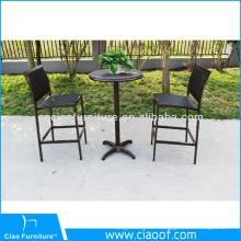 Chaise de salle à manger en osier moderne en aluminium avec bras en bois PS