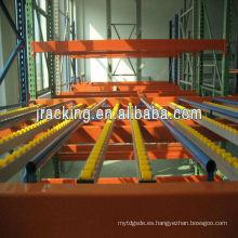 Estante de almacenamiento vivo del cartón, estante del flujo del cartón del almacenamiento de la ejecución del metal