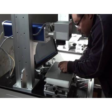 máquina de gravação a laser de fibra de desktop máquina de gravação a laser de metal