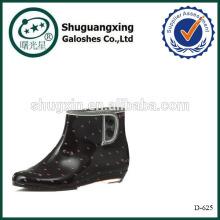 Cargadores de moda botas de goma tacón plano punto lluvia D-625