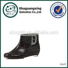 Carregadores de moda Gumboots calcanhar plana ponto chuva D-625