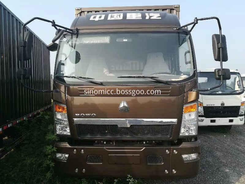 Howo Light Van Box Cargo Truck