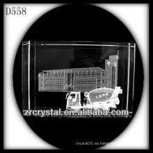K9 3D Laser Building y coche dentro de rectángulo de cristal