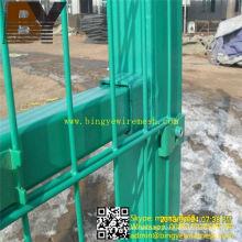 PVC recubierto caliente-sumergido galvanizado doble lazo de malla de alambre de alambre