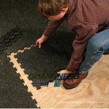 Shock Proof Colorful Puzzle Tile / Indoor Interlocking Gym Flooring Matting