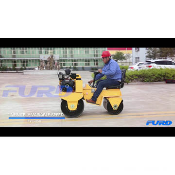 Grand stock de 700kg Ride On Double Drum Vibration Road Roller