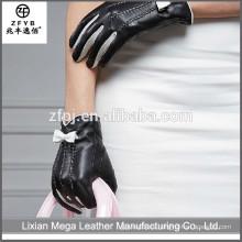 Nuevos guantes de cuero del precio bajo de la manera del diseño con el arco