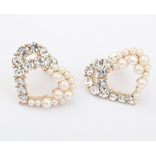 Europe ladies fashion boutique pretty woman flowers earrings heart shape Pearl Earrings with rhinestones stud earrings wholesale