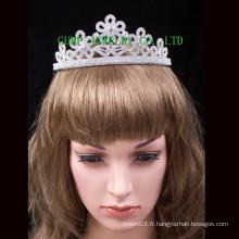 Élégante couronne de vente de tiaras en strass brillantes