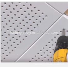 Plafond ignifuge en aluminium perforé de haute qualité de gypse de concepteur professionnel