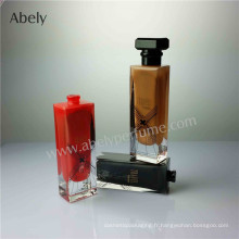 Bouteille de parfum en verre design avec laquage intérieur