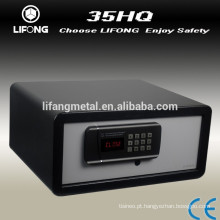 Electronic hotel safe box locker with master code and master key