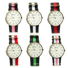 China fornecedor atacado 6colors Nylon tecido homens wristwatch Wathes para homens