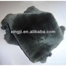 Teinte de la peau de lapin rex de couleur grise pour vêtement rex peau
