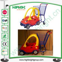 Panier d'enfants de supermarché avec siège de bébé