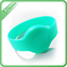 Top Quality Custom Logo Fashion Silicone RFID Wristband
