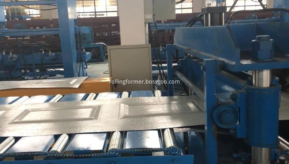 garage door forming machine 1