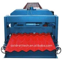 Petit pain de tuile de toit de structure métallique formant la machine