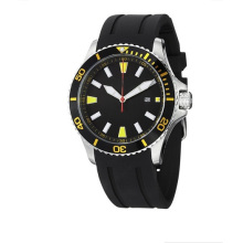 Regatta Quartz Date Gelb Accent Rubber Strap Taucheruhr