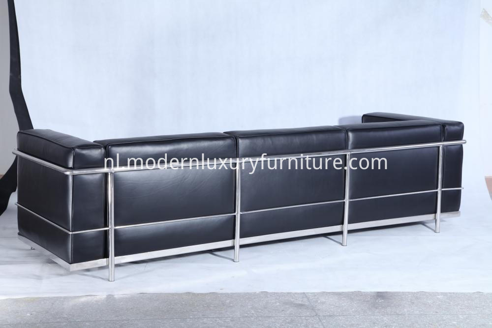 Lc3 Leather Sofa