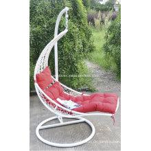 Bequemer Wicker Swing Stuhl für Garten