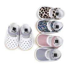 Infantil 0-1 anos recém-nascidos da criança sapatos unisex bebê Prewalker mocassins