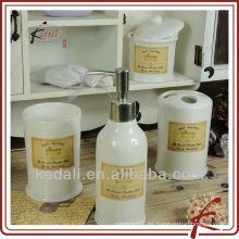 Juegos de baño de cerámica de nuevo producto para hotel