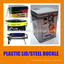 Plastic lid for can and PE seal with steel ring buckle