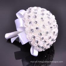 Alibaba en línea satén hecho a mano artificiales rebordear bouquet de boda Hyderabad
