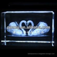 2015 Crystal 3D pareja cisne grabado láser para regalos y decoración del hogar