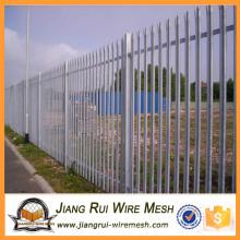 Забор из оцилиндрованного забоя из садовой стали