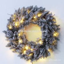 """24 """"guirnalda Nevado de la Navidad del PVC con las luces"""