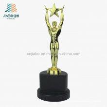 2016 lembrança presente promocional artesanato personalizado logotipo de metal de ouro troféu