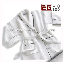 100% Cotton Waffle Fabric with Embroidery Logo 5 star Hotel Bathrobe