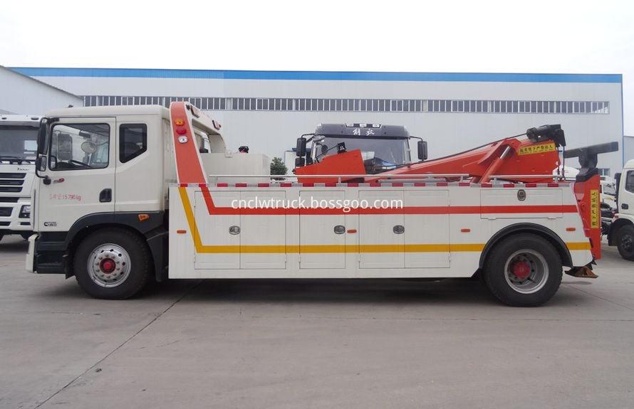 heavy duty recovery trucks 1