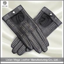 Guantes de cuero negro de la manera de las mujeres que conducen los guantes de cuero