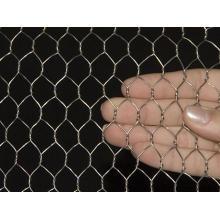 Malla de alambre hexagonal con gran capacidad para resistir el daño natural
