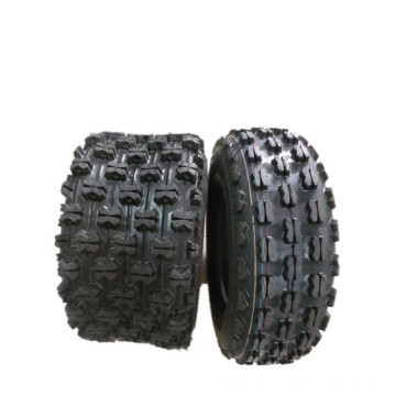 4X4 Vorderer und hinterer All Terrain Reifen