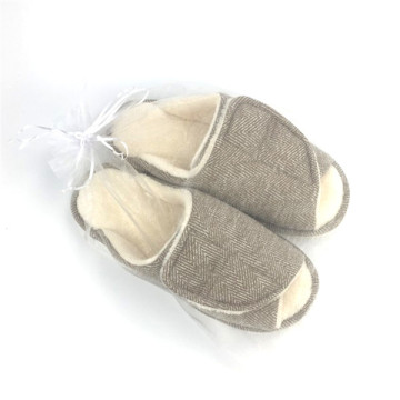 Comfortable And Breathable Men's Slippers