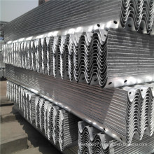 Ce Certificate Hot DIP Galvanized Coated W Beam Highway Guardrail for Sale