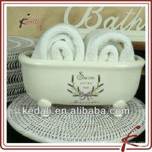 Porta-toalhas de banho de cerâmica em forma de banheira