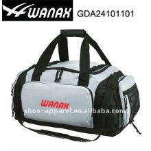 sports bag with shoes pocket