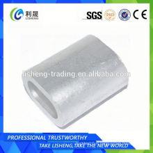 Ferrures plates à tubes ovales en aluminium