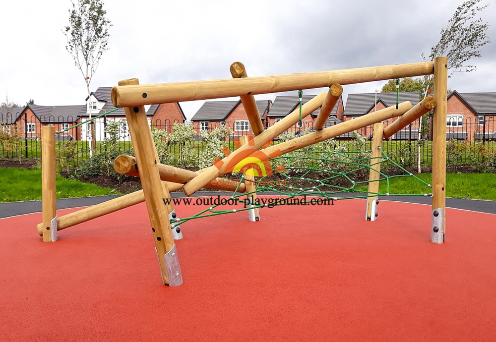 outdoor wooden climbing net playground for sale