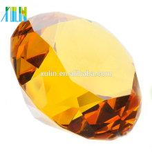 Dames de presse-papiers en forme de diamant en cristal