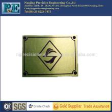 Alta tecnologia personalizadas latão gravura placas
