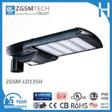 Luzes do parque de estacionamento do diodo emissor de luz de IP66 135W com UL Dlc