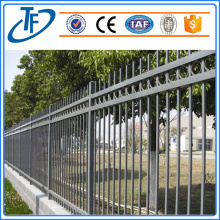 Hot-dipped galvanized & Pvc coated garrison fence